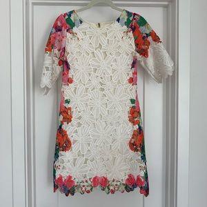 Chic Wish white lace shift dress